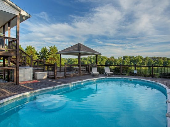 Cookeville, TN estate rental with a private outdoor pool