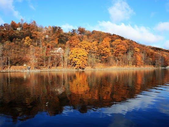 beautiful lake in the US