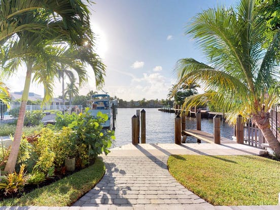 exterior of Fort Lauderdale vacation rental