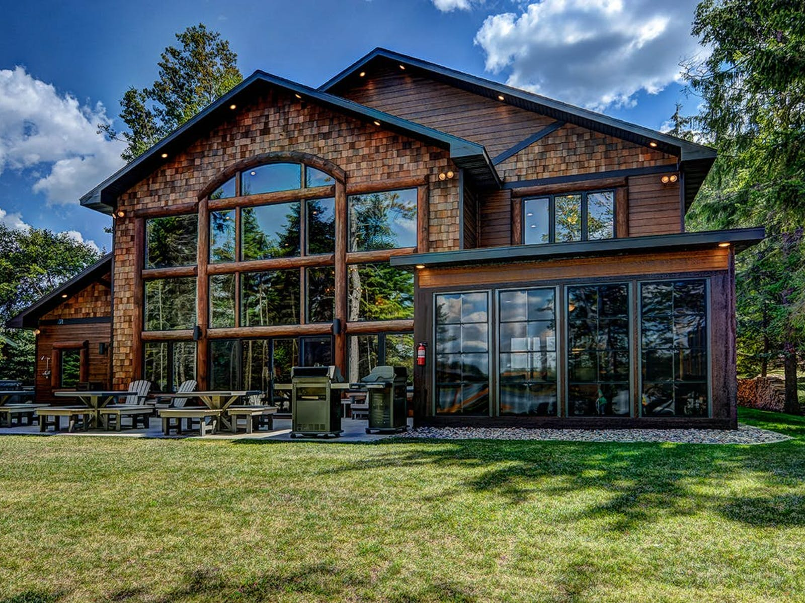 large vacation home in Eagle River, WI