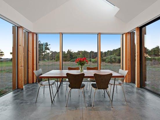 Vacation rental dining room in Sea Ranch, CA
