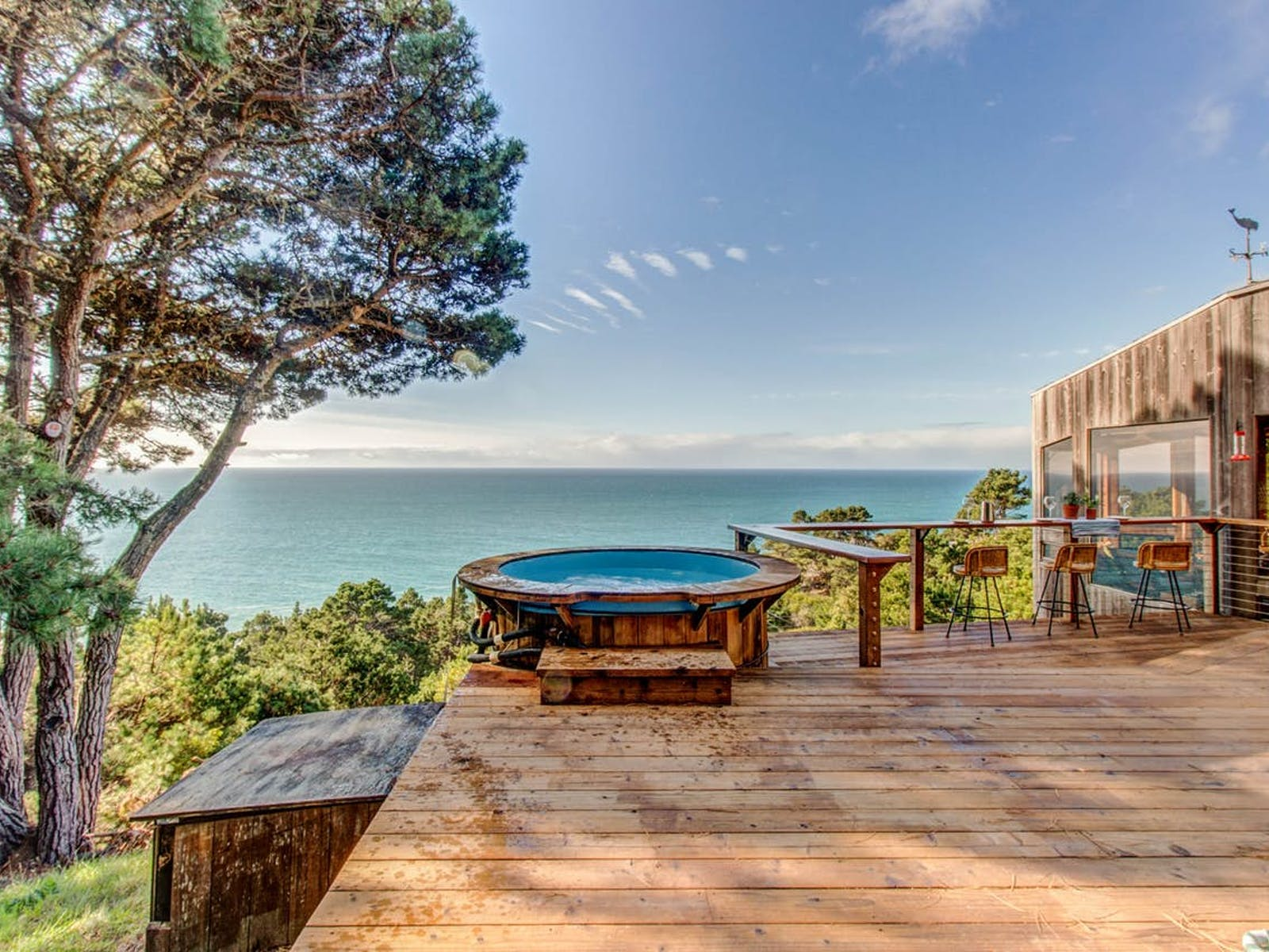 vacation rental in Sea Ranch with hot tub