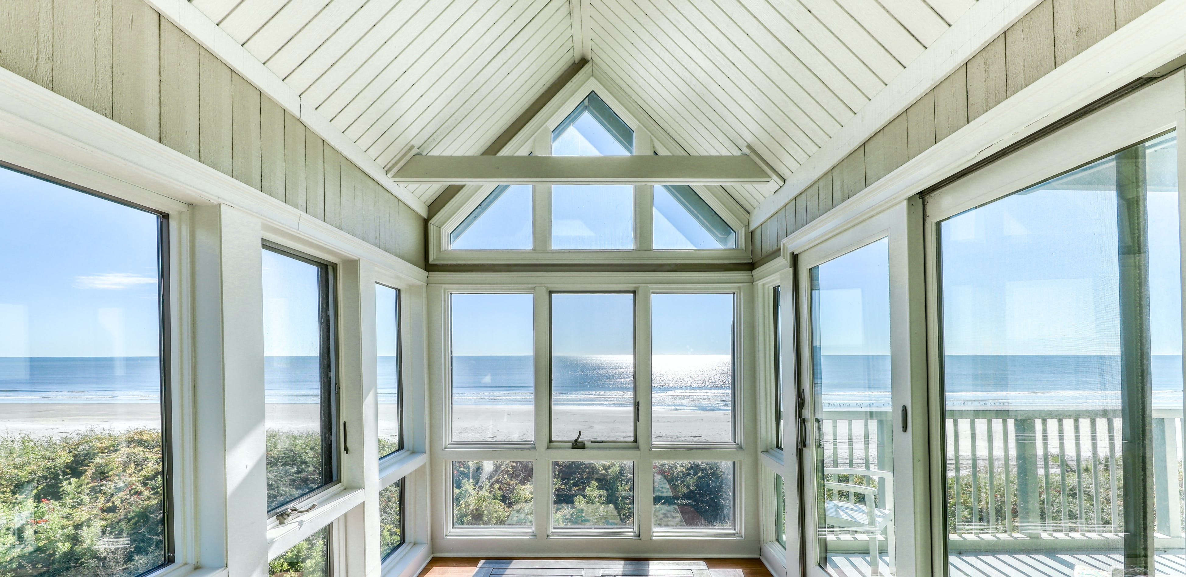 kiawah island vacation rental with ample windows and natural light