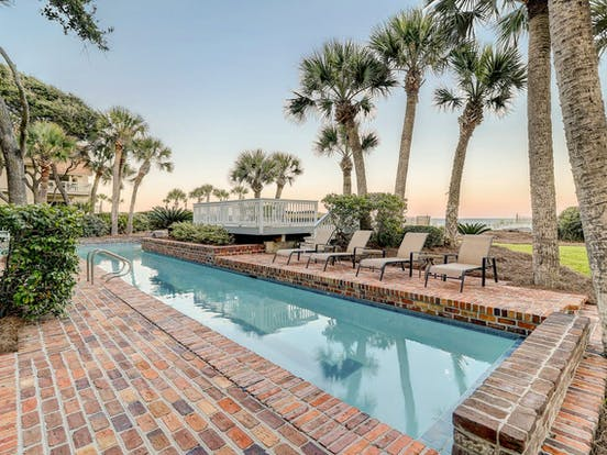 private outdoor pool of Hilton Head beach house