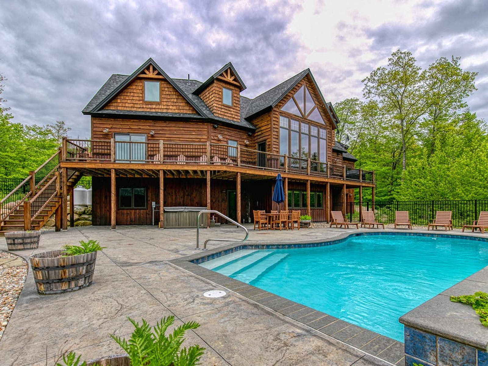 vacation rental with a private hot tub and pool in Sunday River Resort, Maine