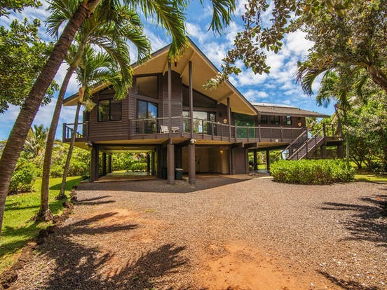Wedding-friendly vacation rental located in Anahola, HI