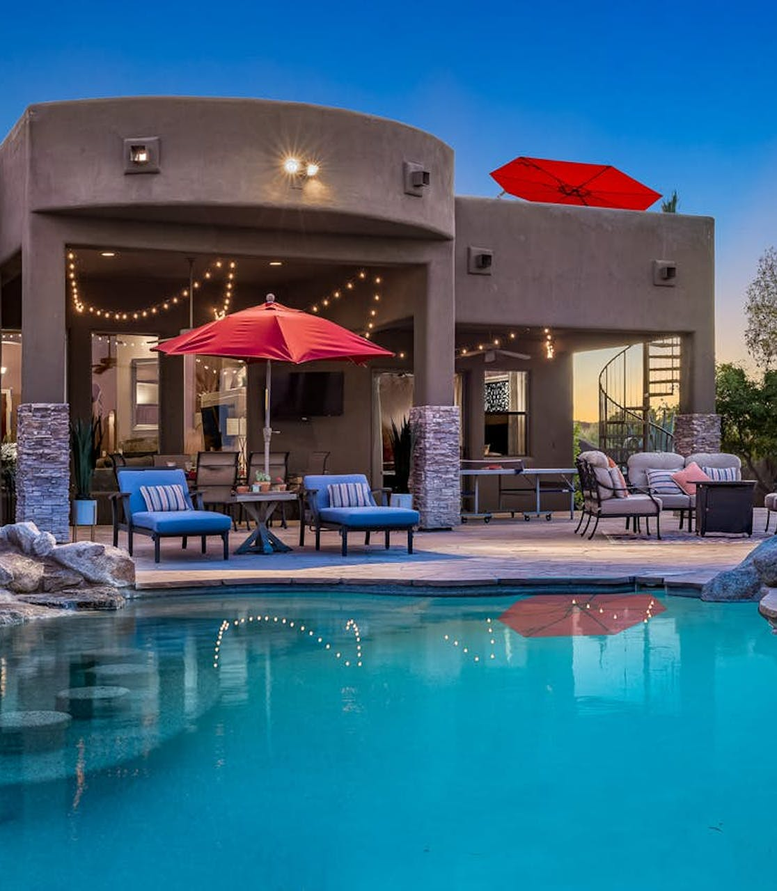 private outdoor pool of Scottsdale, AZ vacation home