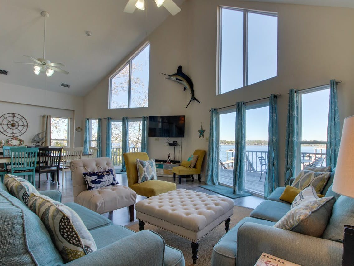 Vacation rental living area in Gulf Shores, AL