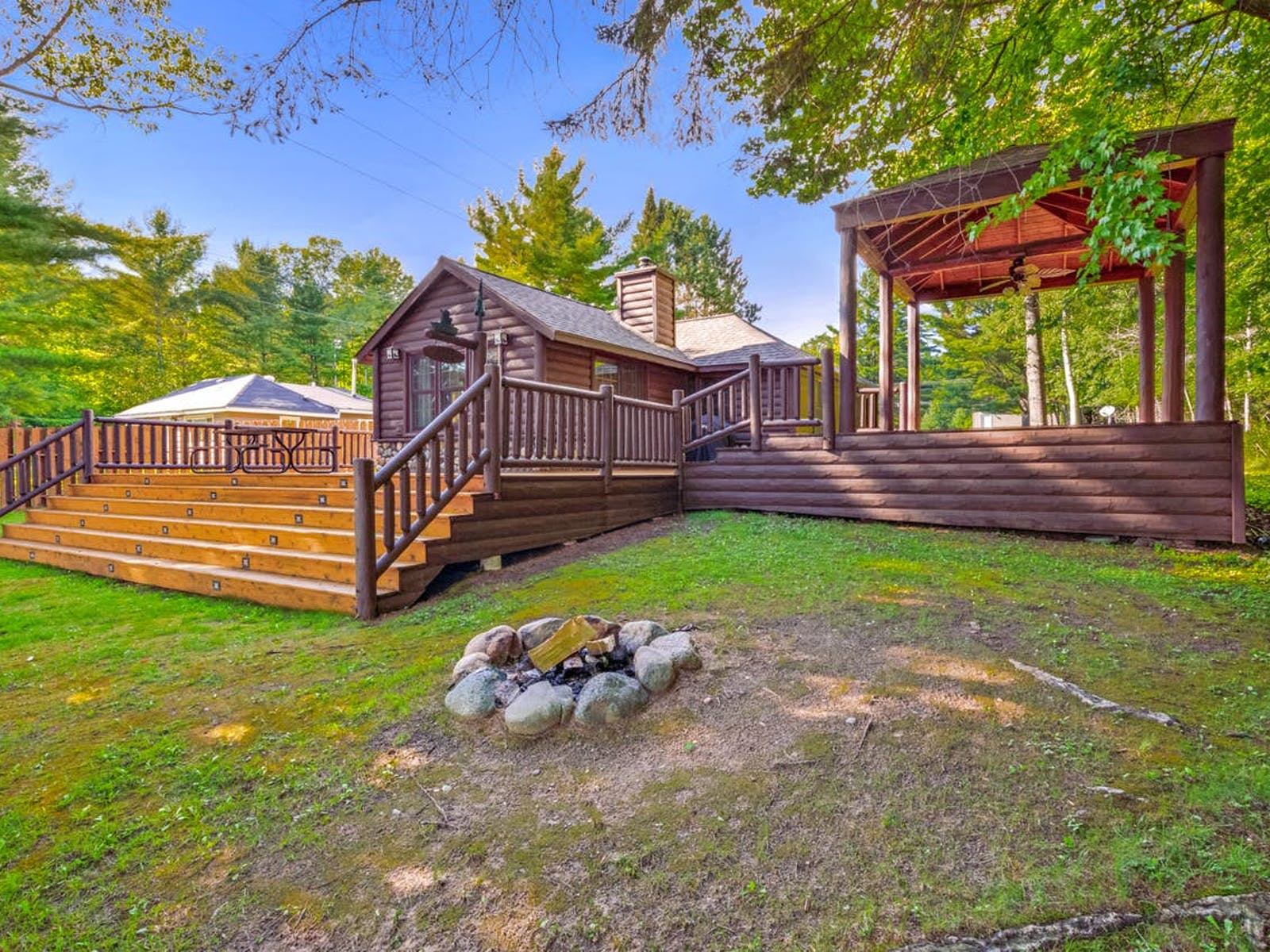 The Musky Lodge - Eagle River, WI vacation cabin