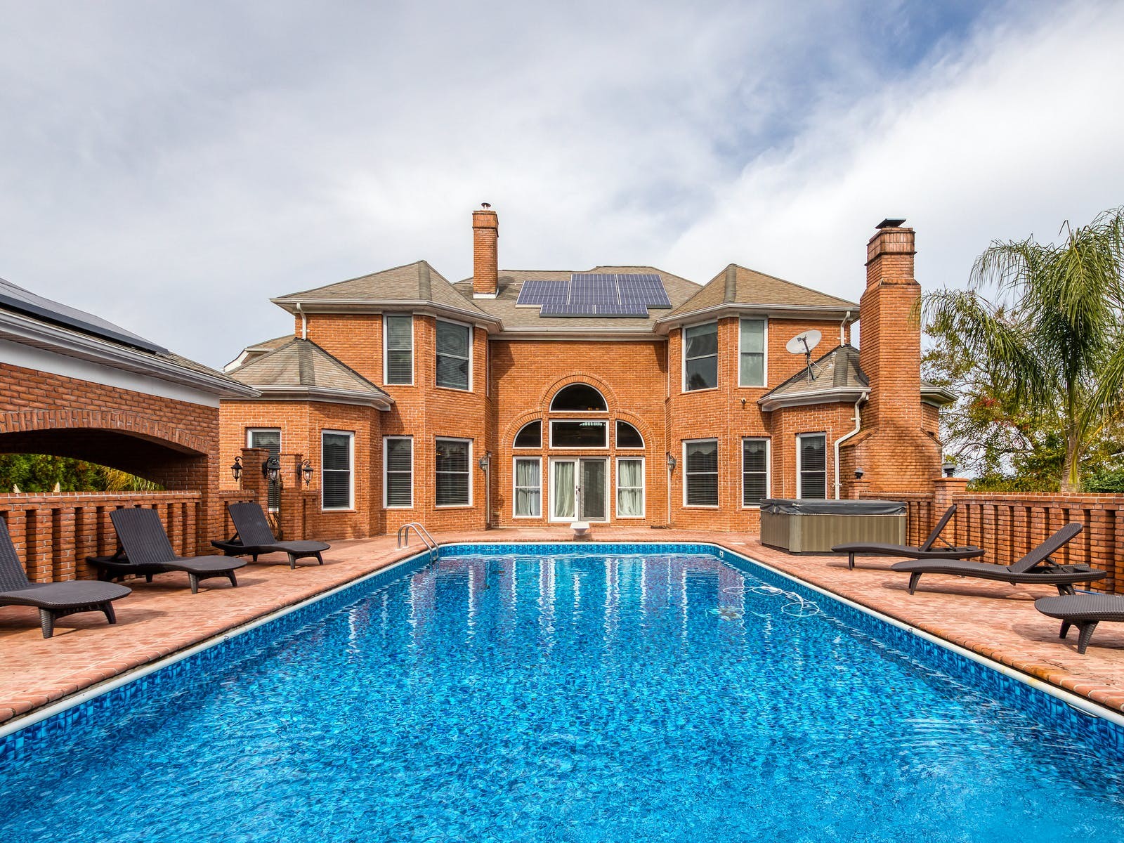 outdoor pool of the brooklyn estate