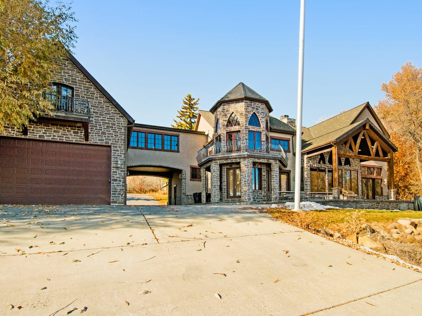 Event home rental exterior in Fish Haven, ID