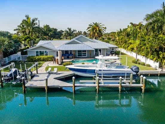 Canal-front dog-friendly vacation home in Holmes Beach, FL