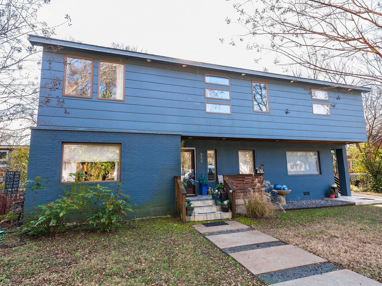 blue vacation rental in nashville, tn