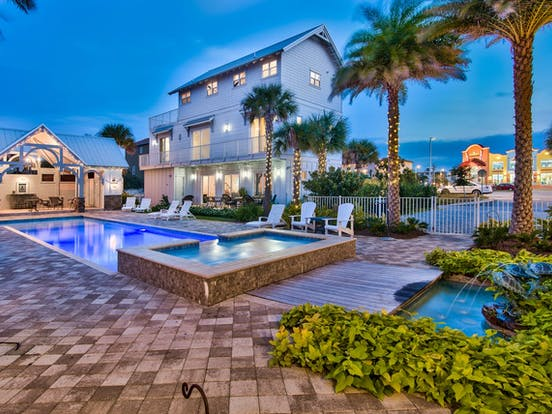 Destin, FL - exterior pool of event home rental