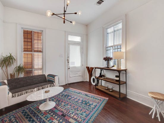 Vacation rental living area in New Orleans