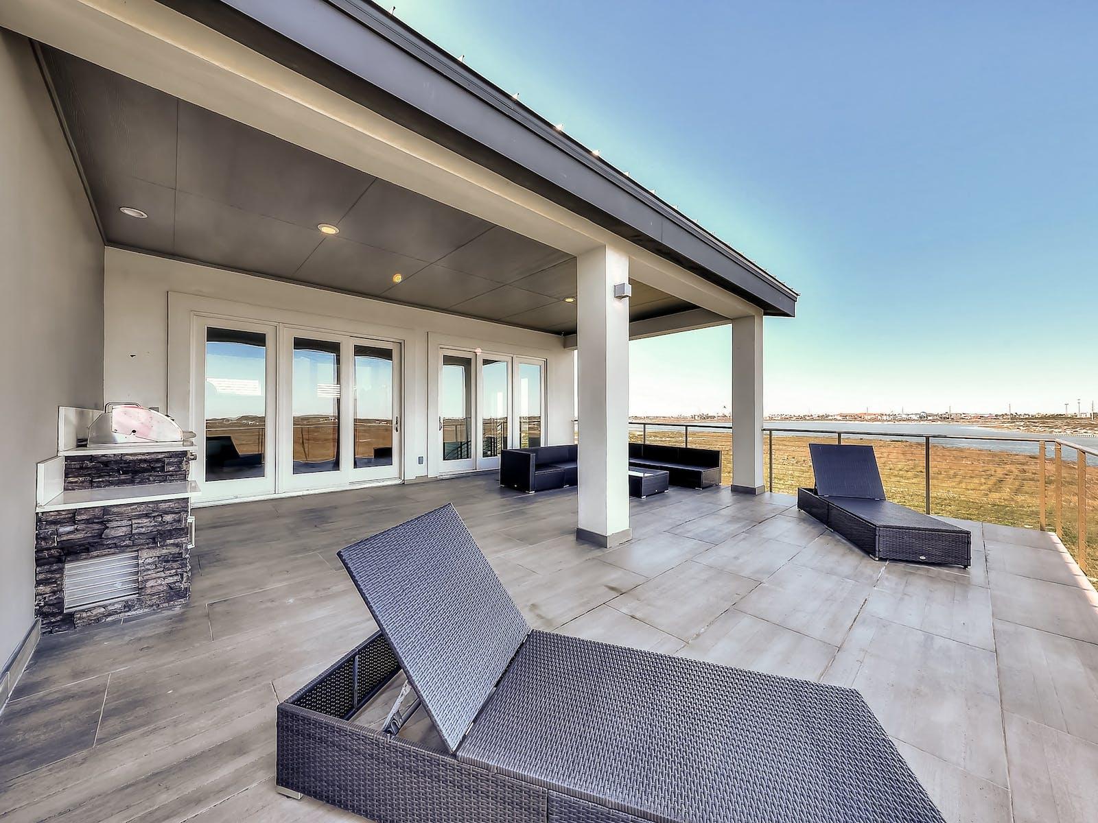corpus christi beach house with large patio