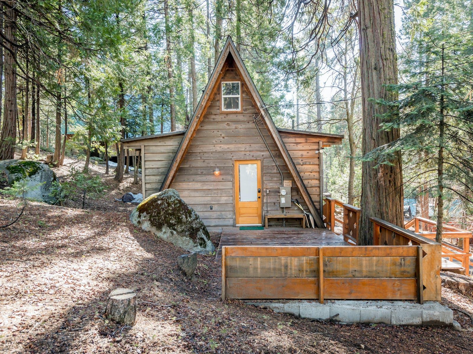 Shaver Lake, CA winter vacation rental