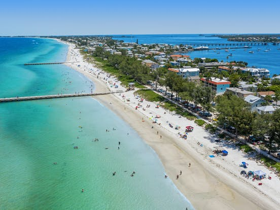 the beach of Anna Maria Island