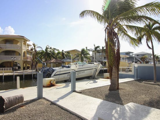 Vacation rental with boat dock in Key Largo, FL