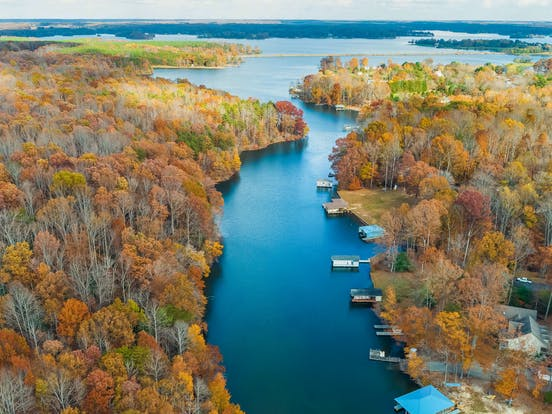 lake anna, virginia surrounded by fall trees