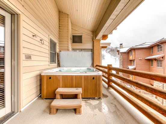 Hot tub on the balcony of a ski-in/ski-out Park City rental