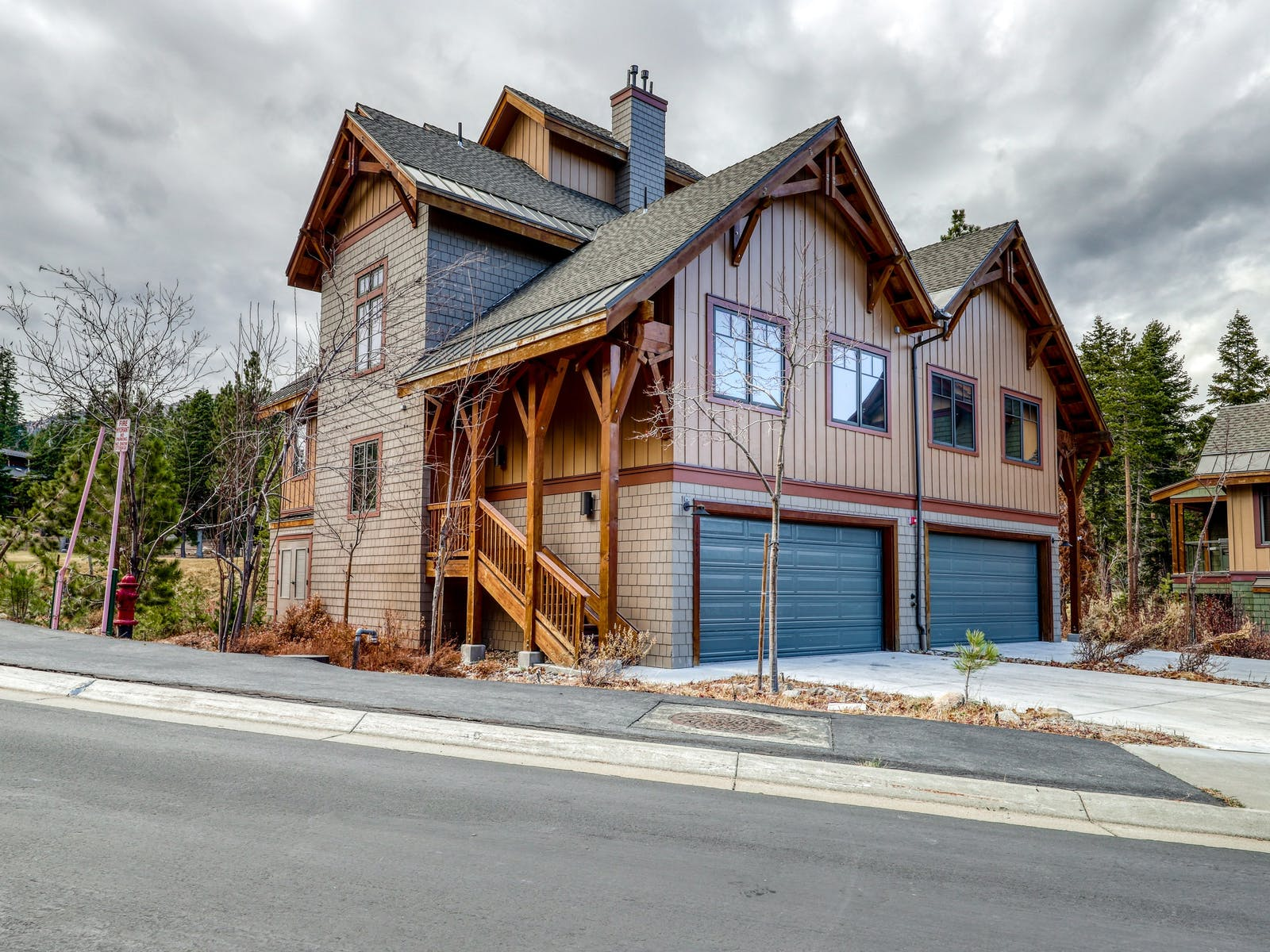 large vacation home in mammoth lakes, ca