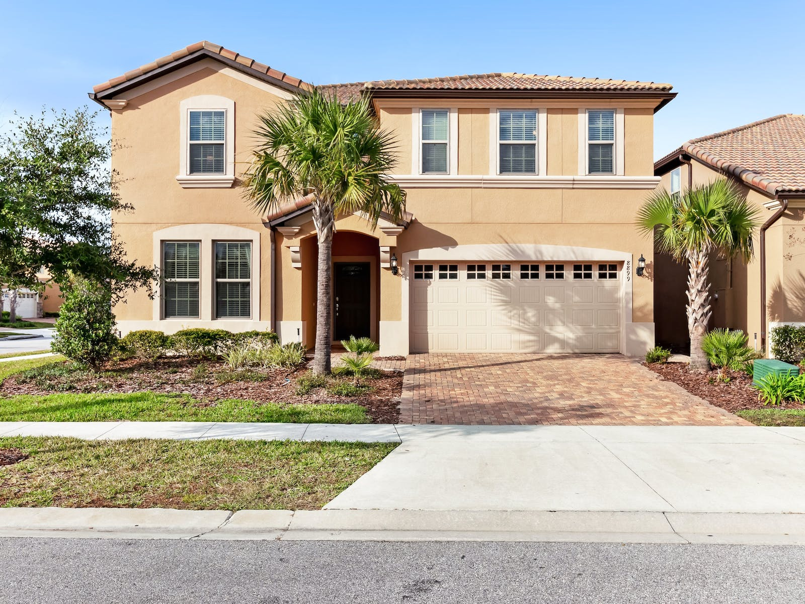 two-story home with 2 car garage in kissimmee, fl