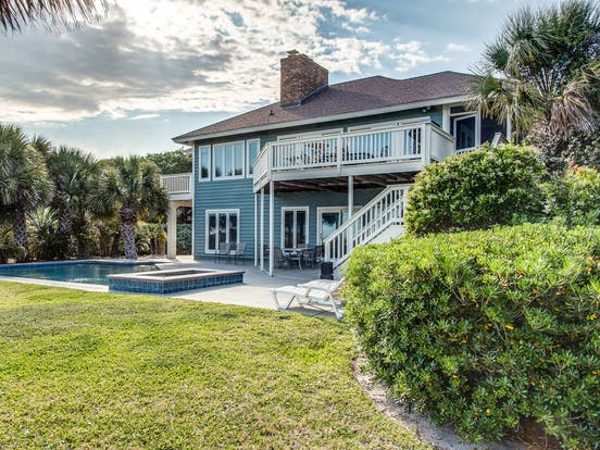 hilton head vacation home with private backyard pool
