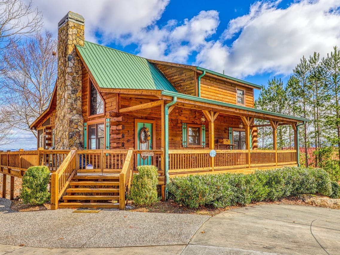 Adorable cabin in Blue Ridge, GA