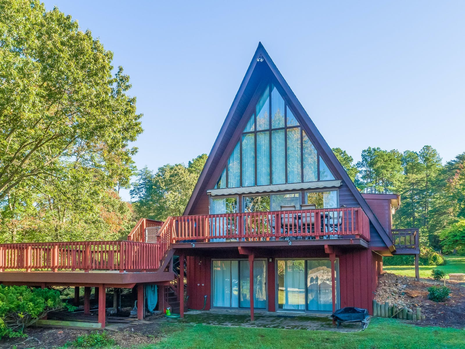 a-frame cottage in lake anna