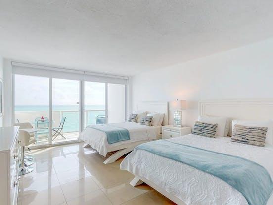 Vacation rental bedroom in Miami, FL