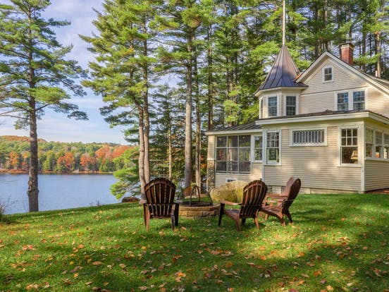 lakefront home with firepit & gorgeous view of Maranacook Lake in Maine