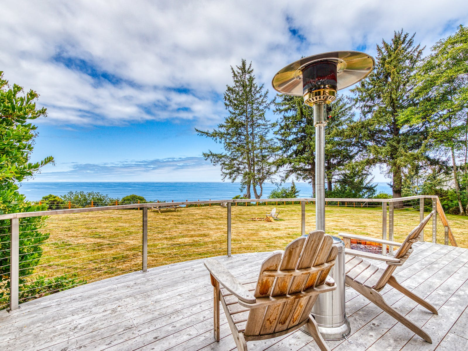 vacation rental patio with outdoor heater on the oregon coast