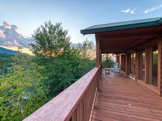 Vacation rental deck in Pigeon Forge, TN