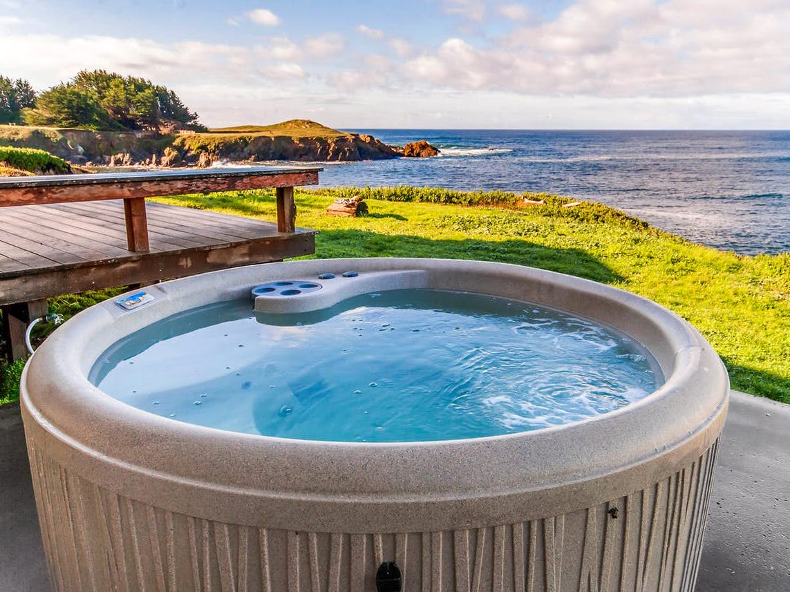 private hot tub with ocean views from Fort Bragg, CA