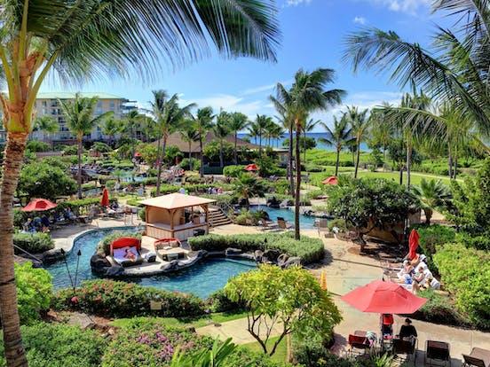 resort pools in Maui, Hawaii
