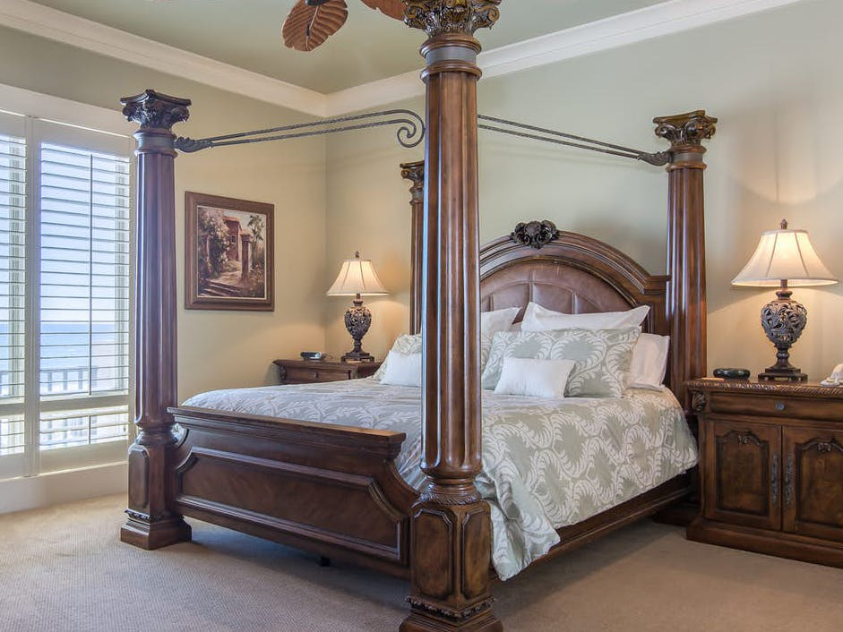 Bridal Suite of AL Gulf Coast wedding-friendly vacation rental