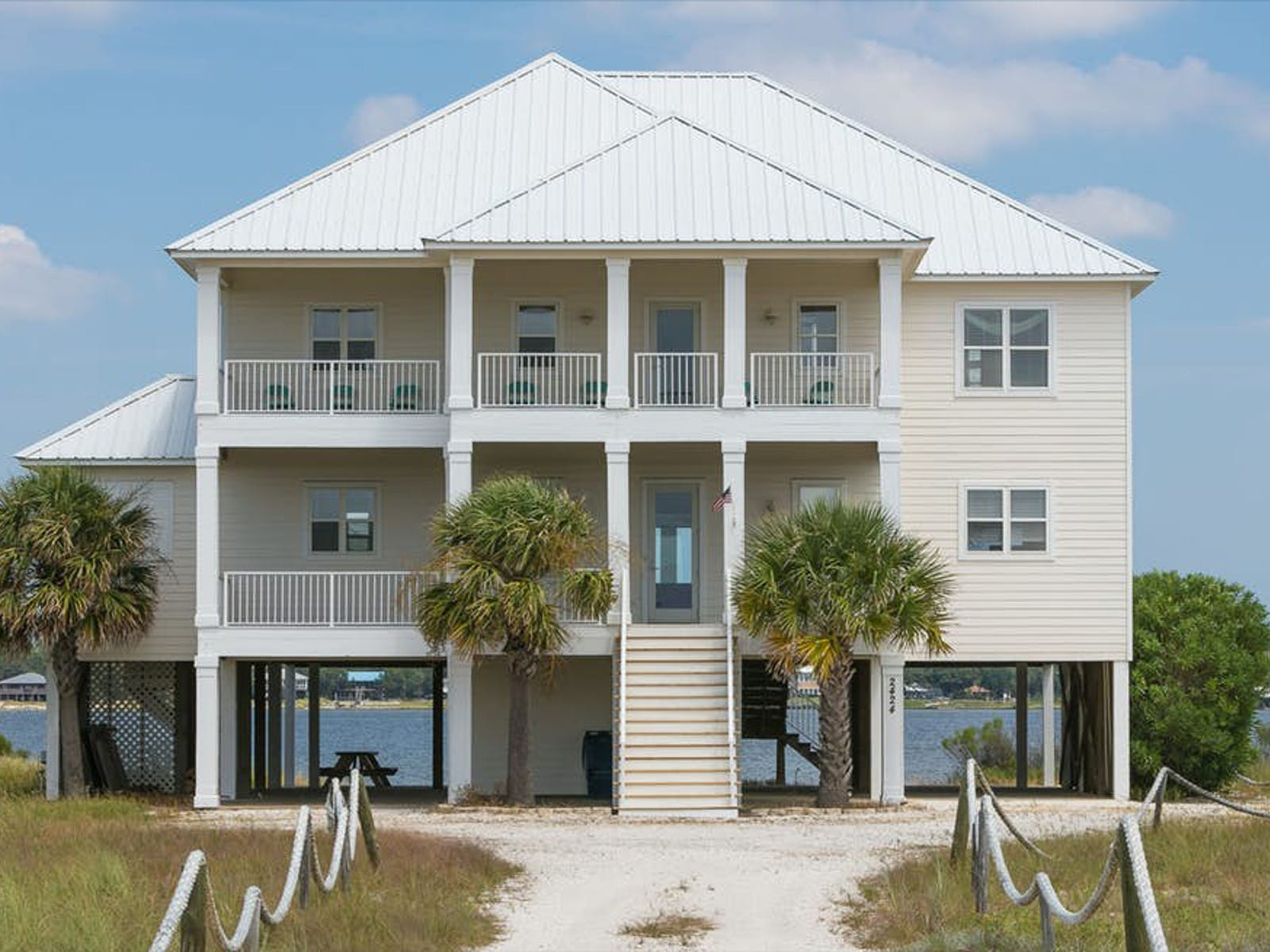 Alabama Wedding-Friendly beach house rental