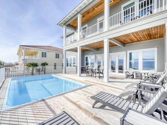 Alabama Wedding-Friendly Vacation Rental with pool
