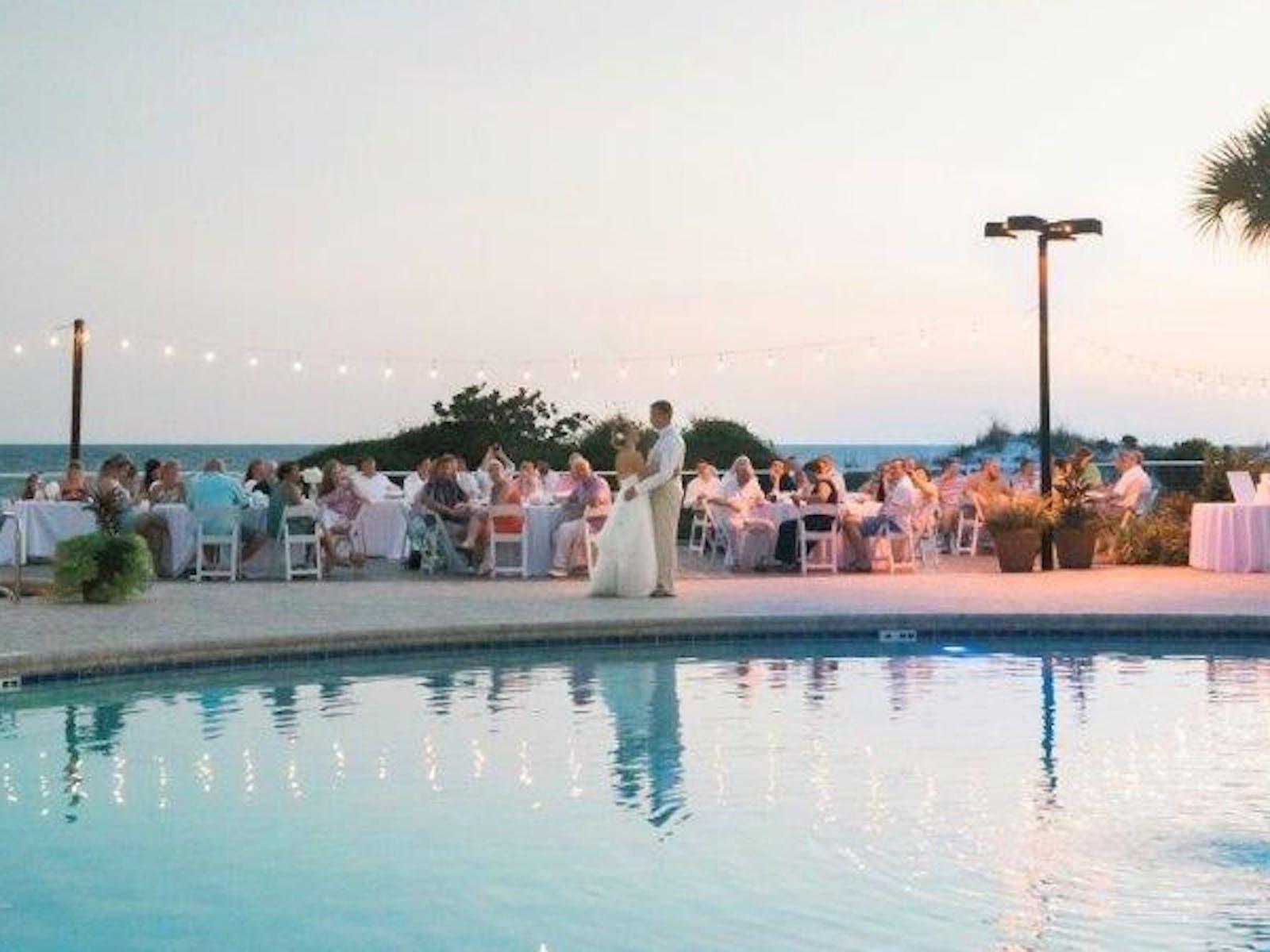 Weddings at TOPS'L Beach & Racquet Resort - Blue Dunes Deck