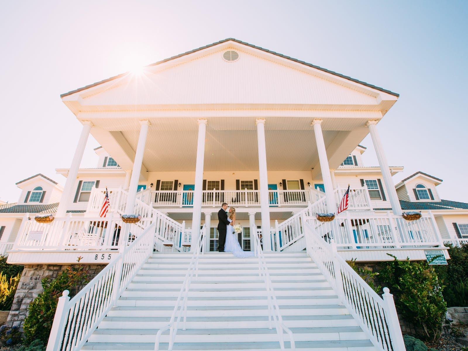 A wedding hosted at a Vacasa vacation rental