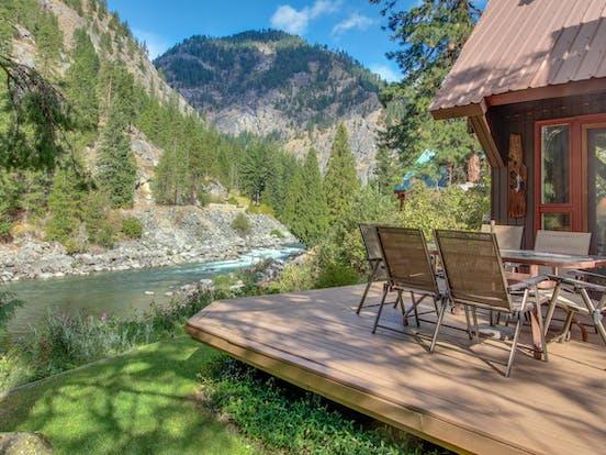 Wenatchee River in Leavenworth, WA
