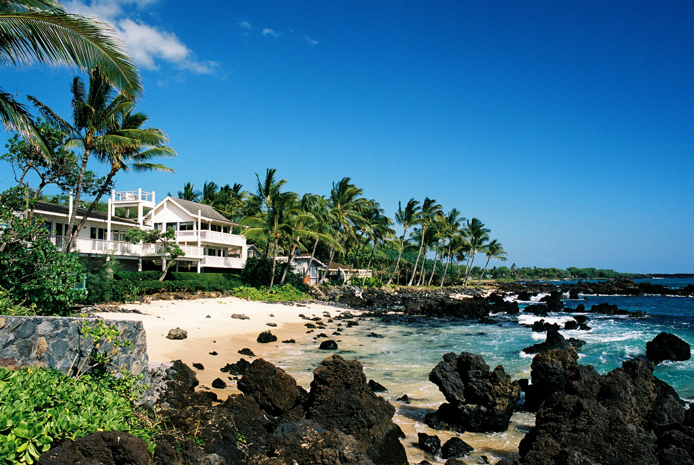 vacation home right on the beach in Maui