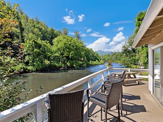 balcony of vacation rental in North Carolina overlooking river