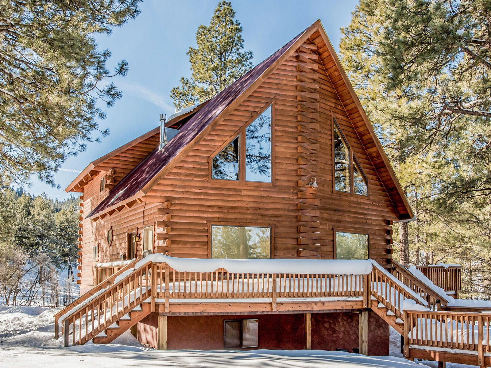 A cabin in Pagosa Springs, CO on a sunny winter day.