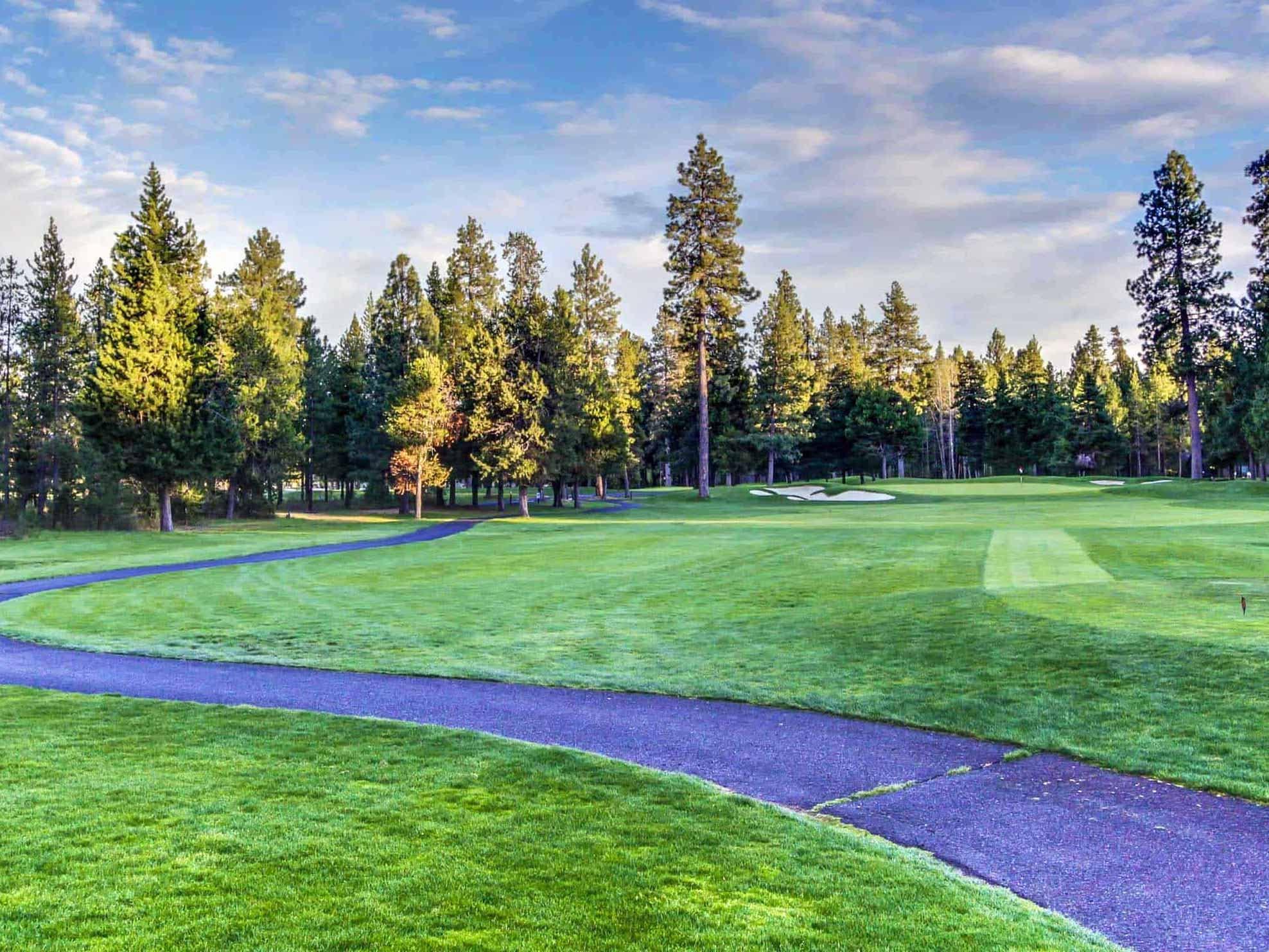golf course in sunriver, oregon