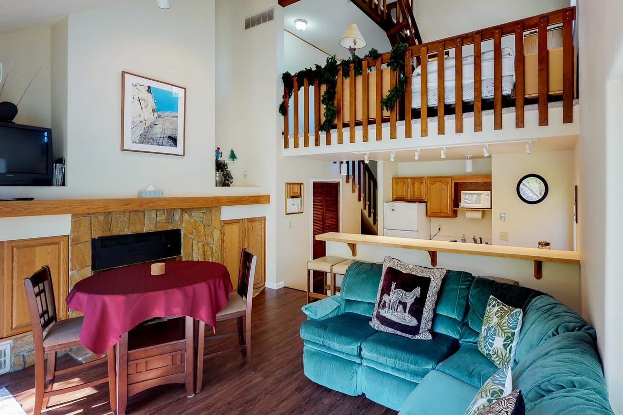 a condo near the ski slopes in girdwood, alaska