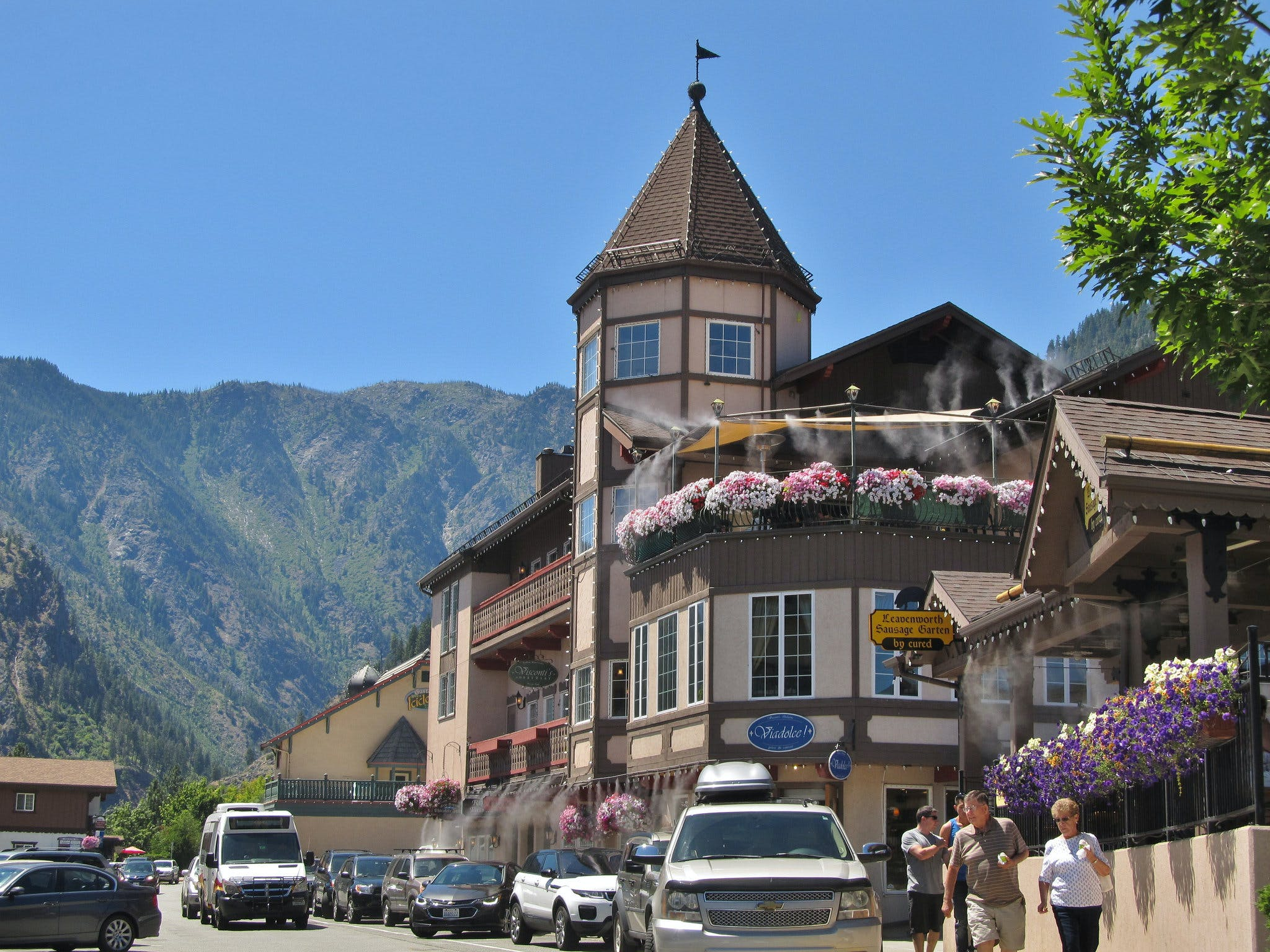 tourists in Downtown Leavenworth, Washington on a sunny day