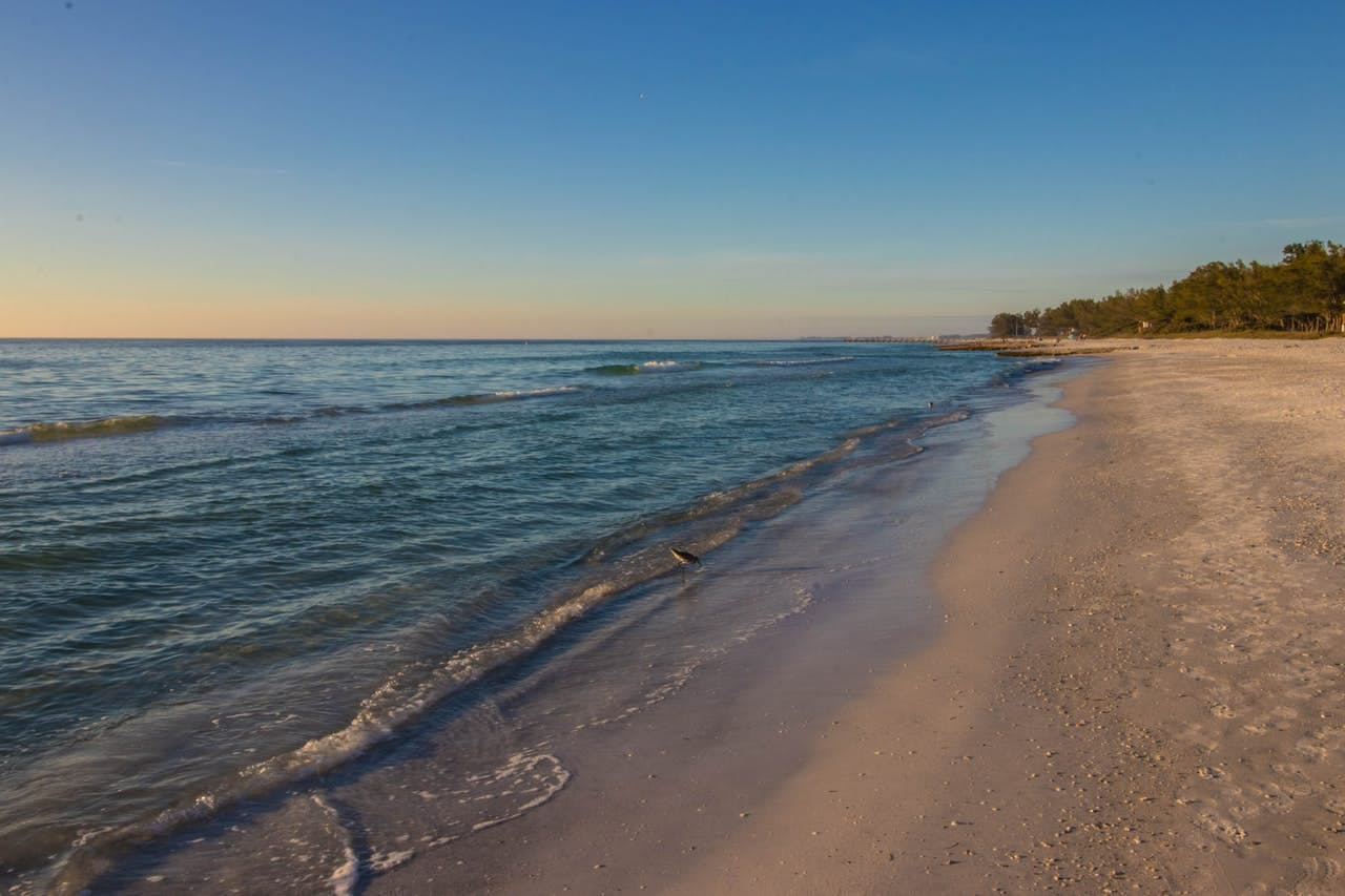 The 8 Best Beach Towns Near Tampa For Every Traveler Vacasa
