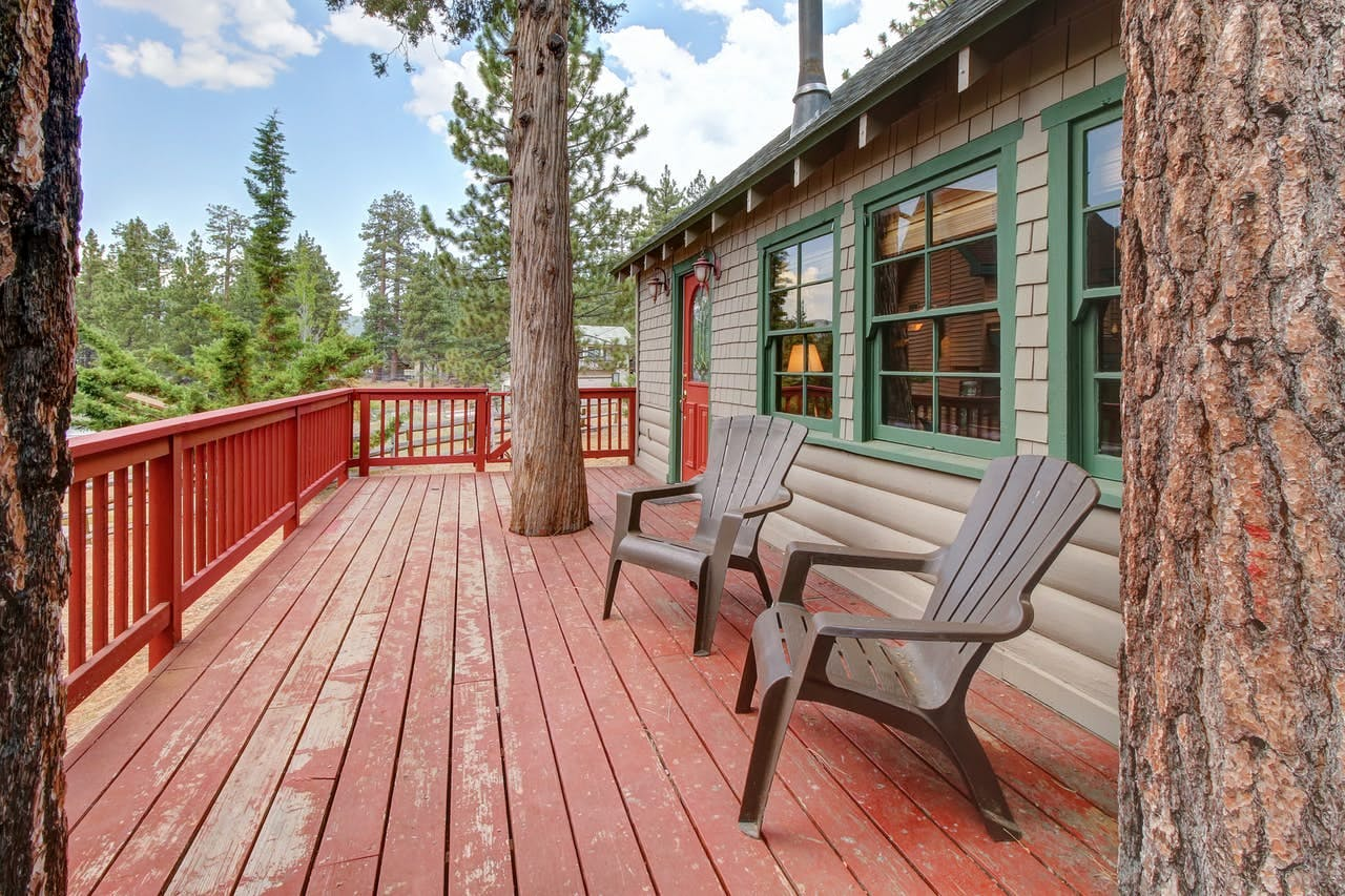 Large patio with Big Bear Lake views